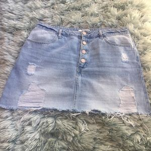 Forever 21 denim skirt buttons sz: 30
